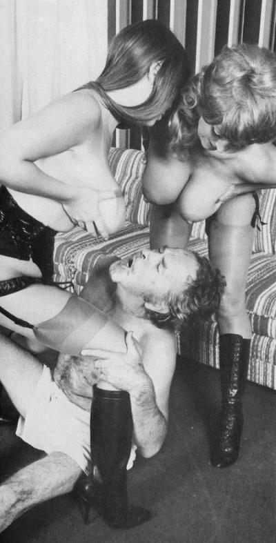 retro-sex-threesome