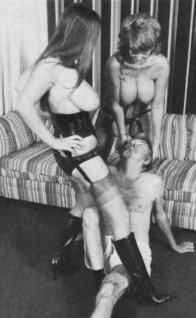 retro-sex-threesome-scene